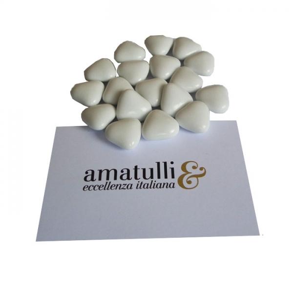 Herzförmiges Hochzeitskonfekt mit Schokoladenfüllung klein 1 KG weiß